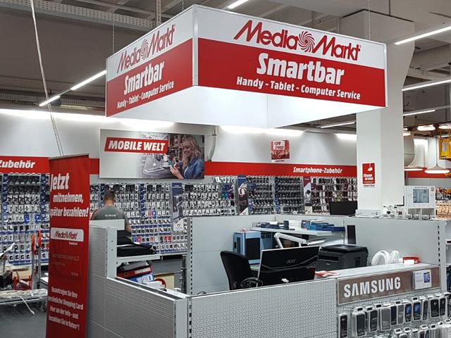 Weinwurm_POS_MediaMarkt_Kriens_04