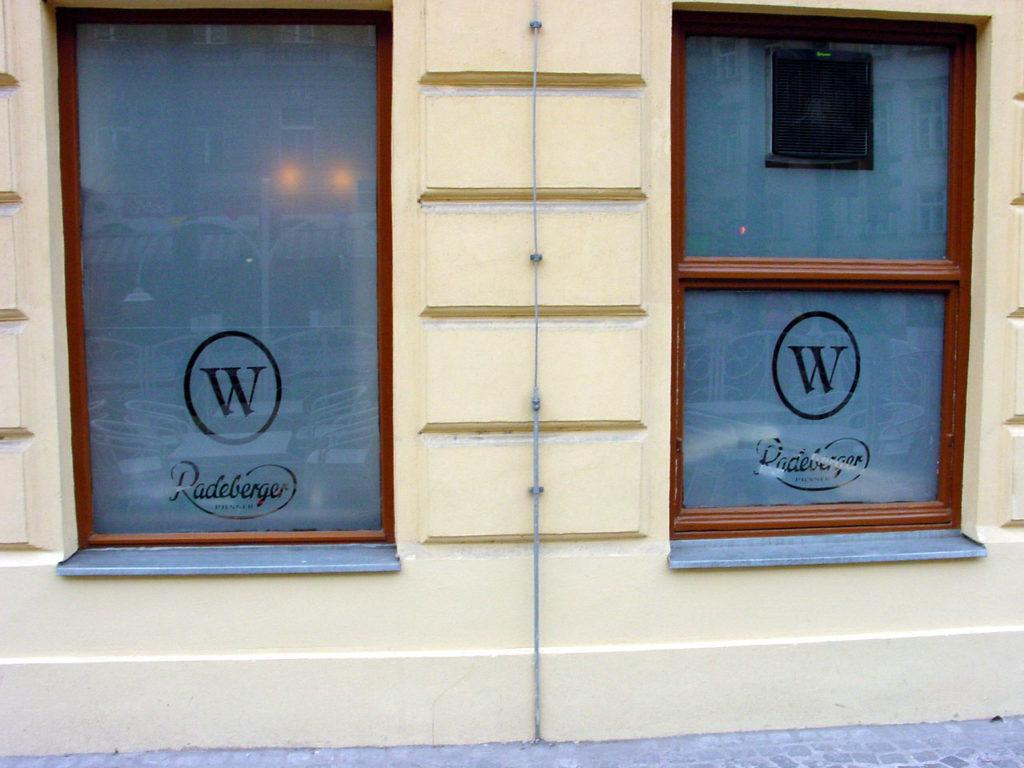 Weinwurm Fensterfolierung